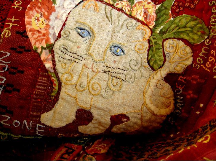 Lion quilt-nook