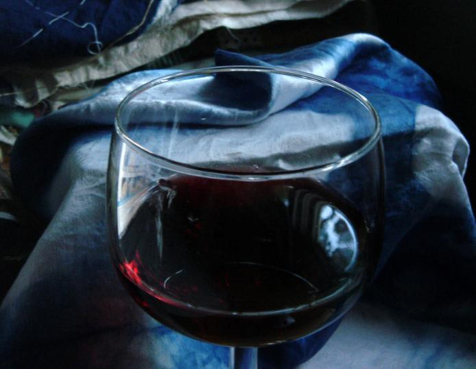 Red wine and indigo shibori