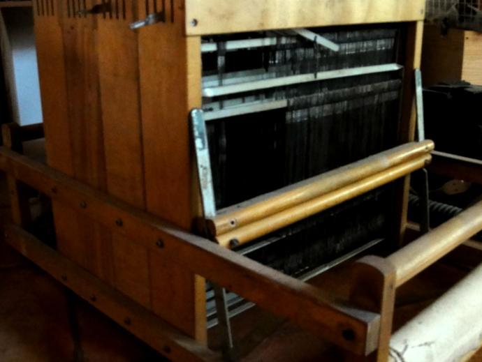 Medium sized loom