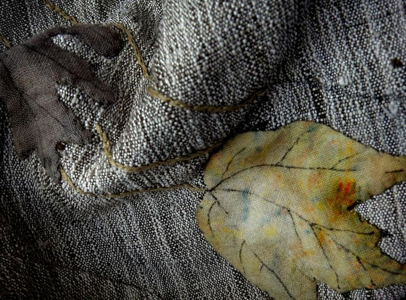 Cloth leaves
