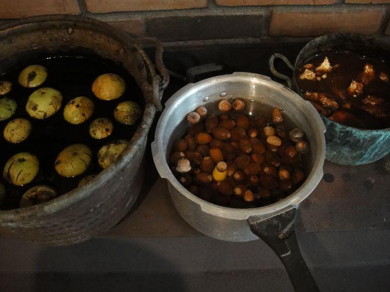The 3 pots