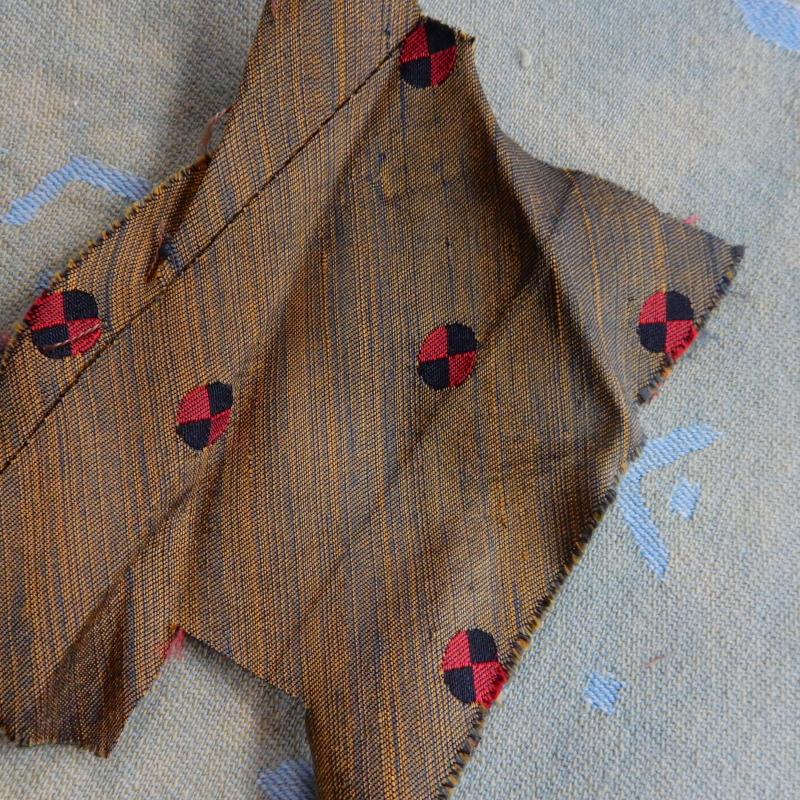 Old tie cloth