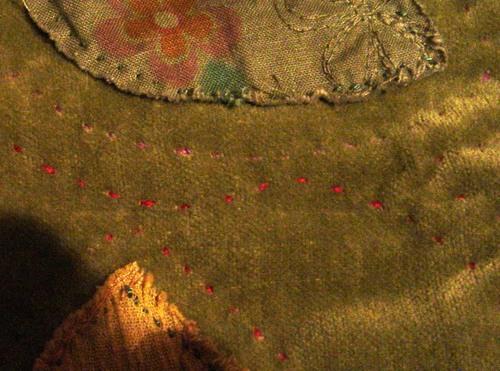 Detail_quilting_velvet