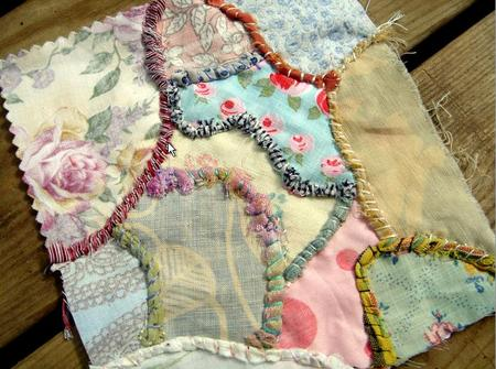 Seams_embellished_with_fabric